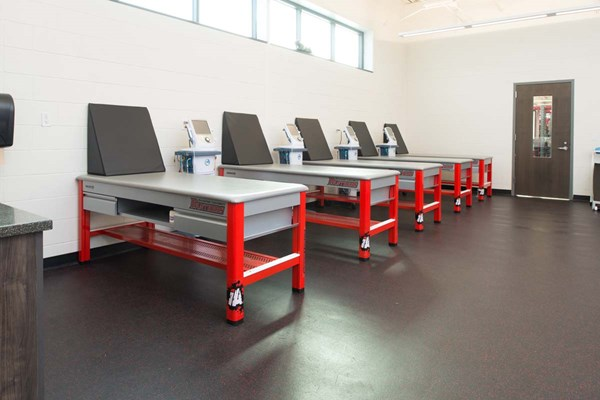 Impact Athletic Anchor XL athletic training tables at Davenport University